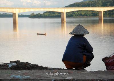 Femme à Paske au Laos - voyage