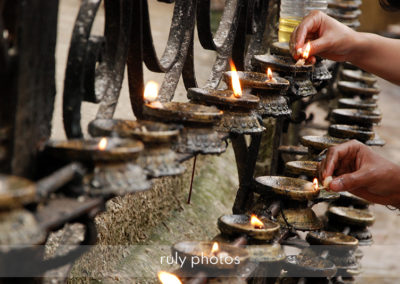Offrandes au Swayambhunath Stupa à Katmandou - voyage