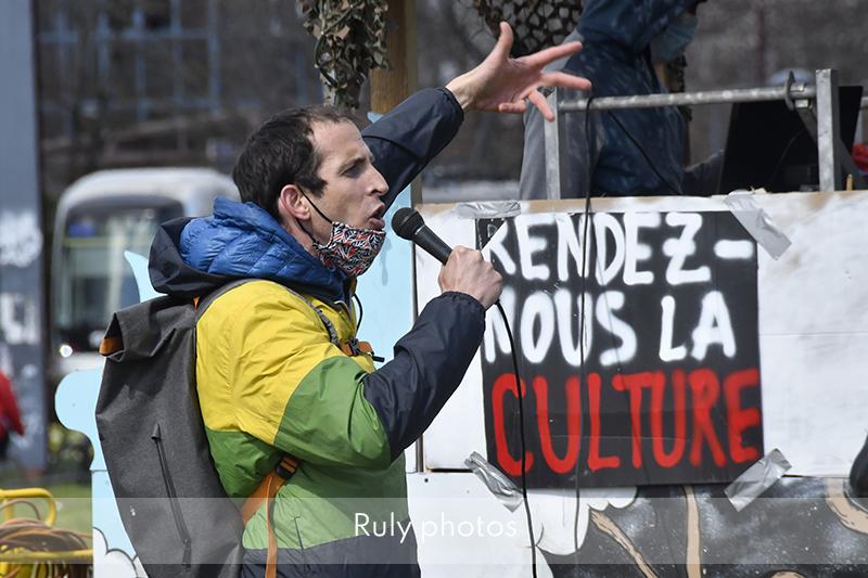 1er jour de l'occupation du MC2 de Grenoble